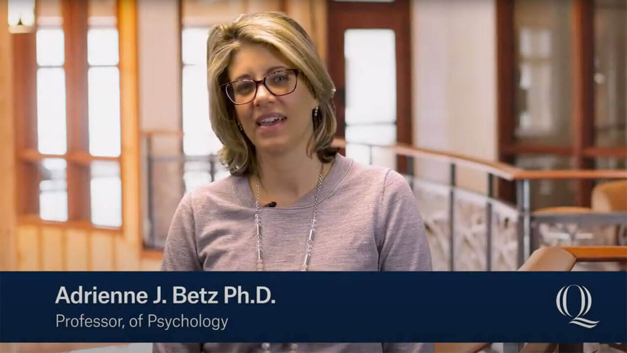 Professor Adrienne Betz introducing the Behavioral Neuroscience program, starts video